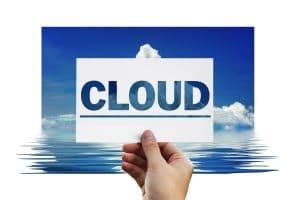 Lee más sobre el artículo La carrera hacia la computación en la nube y por qué deberías unirte a ella